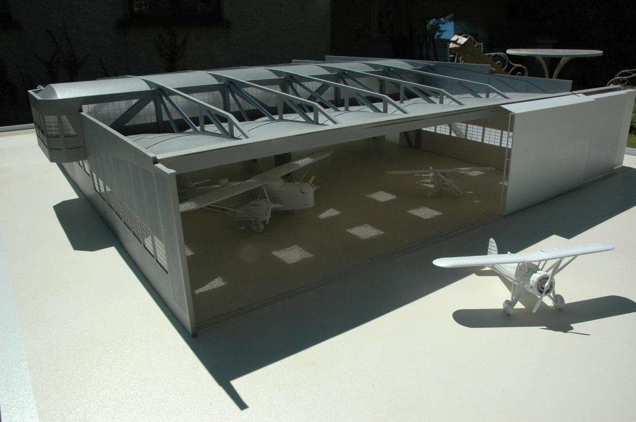 Aéroports de Lyon - DGAC - 1/72 - hangar caquot