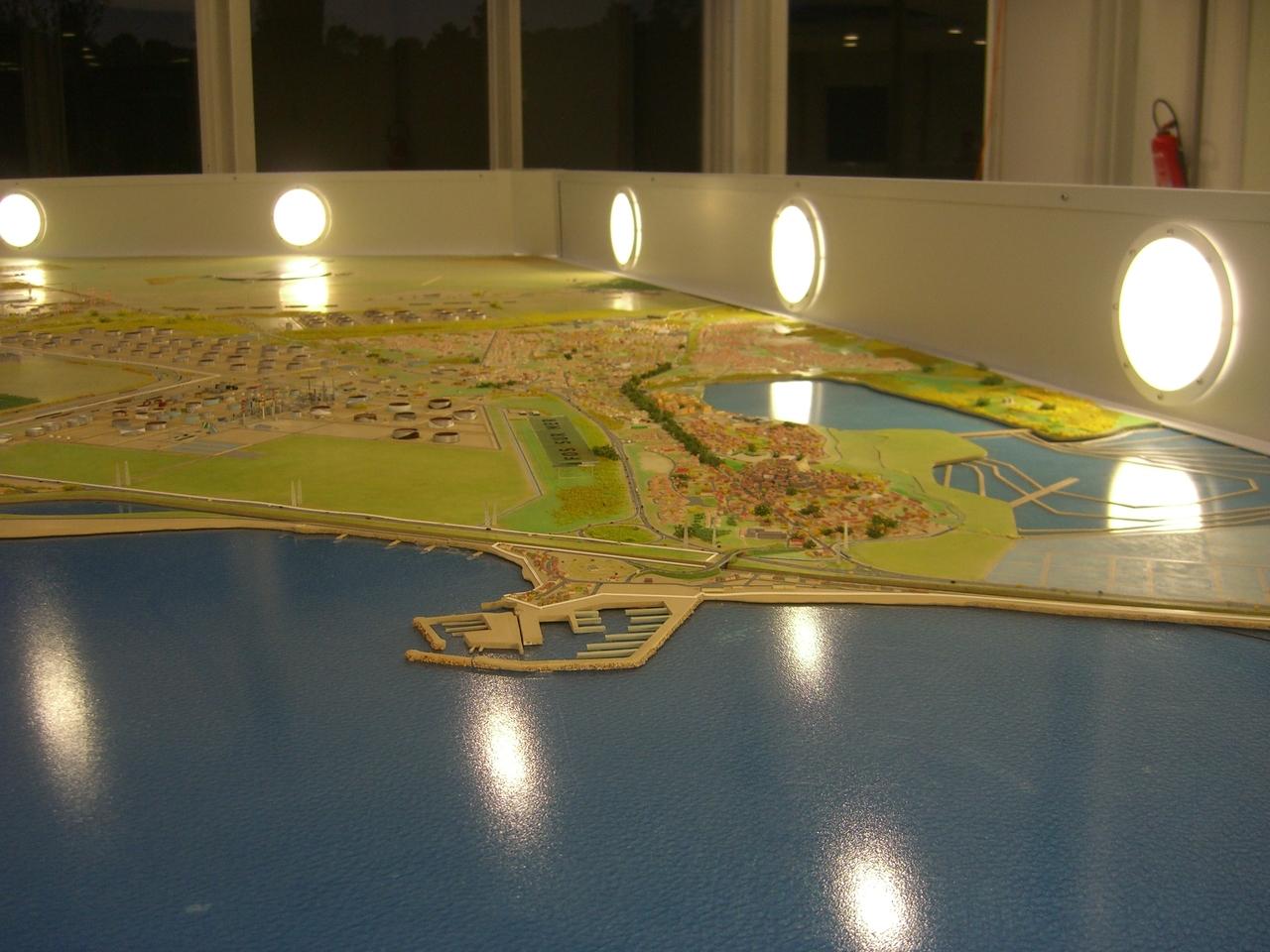 Port Autonome de Marseille - 1/3300